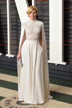 Pin for Later: 23 Modest Oscars Looks That Prove Covered Up Can Be Sexy Too Elizabeth Banks This caped Ralph & Russo number was elegant and regal on Elizabeth. Hijab Evening Dress, Hijab Dress Party, Long Sleeve Evening Dresses, Oscar Dresses, Modest Dresses, Bridesmaid Dresses, Wedding Dresses, Jumpsuit Prom Dress, Engagement Dresses