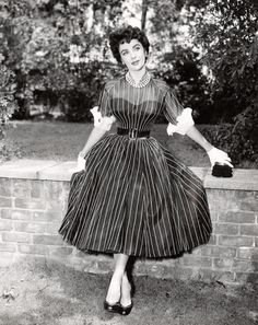 Elizabeth Taylor's wardrobe in The Girl Who Had Everything, 1953