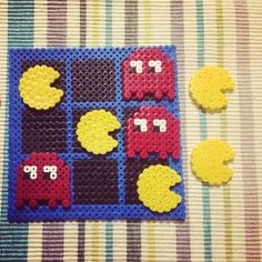 PacMan tic-tac-toe hama beads by Crea Con Hama