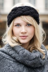 Leftover yarn?  Knit a headband.  They're back too!