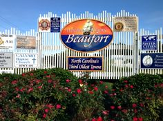 Entrance to Beaufort, North Carolina. (Photo by Betsy Cartier) North Carolina Coast, North Carolina Homes, Sister Cities, Travel Magazines, Local Events, Chicago Cubs Logo, Small Towns, Cartier, Entrance