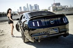 FORD MUSTANG  HOTTIES | Ford mustang hot girl Wallpapers Pictures Photos Images