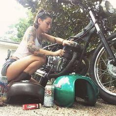 maintenance by the biker chick Motorbike Girl, Motorcycle Outfit, Motorcycle Babe, Chopper Motorcycle, Harley Davidson, Lady Biker, Biker Girl, Pin Up, Chicks On Bikes