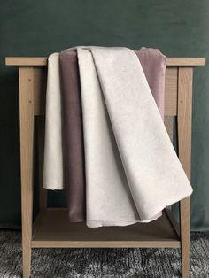 Cream and mauve #throw perfect for a bedroom #homedecor #bedroom #mauvevelvet #creamvelvetthrow Comfy Armchair, Small Throws, Mauve, Velvet, Cream, Bedroom, Home Decor, Creme Caramel, Decoration Home