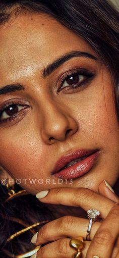 Beautiful Girl Photo, Beautiful Lips, Beautiful Girl Indian, Most Beautiful Indian Actress, Cute Beauty, Beauty Full Girl, Beauty Women, Beauty Art, Beautiful Bollywood Actress