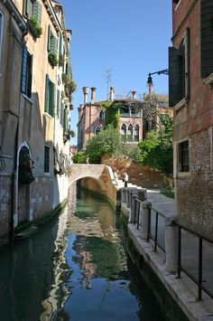 Ponte San Cristoforo in Venice - Veneto, Italy Rome Travel, Italy Travel, Cool Places To Visit, Places To Go, Visit Florence, Italy Landscape, Living In Italy, Italy Holidays, Scenery Photography