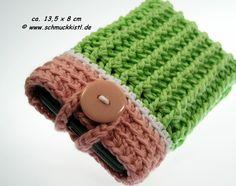 Handytasche gehäkelt grün rosa geeignet für iPhones, Samsung Galaxy und andere Smartphones von www.Schmuckkistl.de auf DaWanda.com