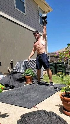 This is a great single home dumbbell workout. Start with 50 burpee then a 1 mile run. Come back and do 75 dumbbell snatches then a 1 mile run. Come back and do forward lunge. Fitness Workouts, Fitness Gym, Gym Workout Videos, Gym Workout For Beginners, Weight Training Workouts, Fun Workouts, Fitness Tips, At Home Workouts, Workout Men