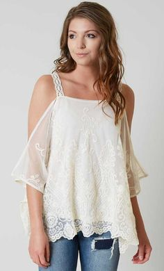 Coco & Jaimeson Lace Top - Women's Clothing | Buckle