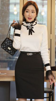 StyleOnme_Basic H-Line Skirt #black #pencilskirt #chic #koreanfashion #kstyle #kfashion #feminine #seoul #dailylook