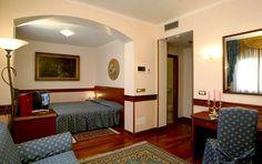 Le nostre camere sono dotate di tutti i  comfort per potervi garantire il più piacevole dei soggiorni..........