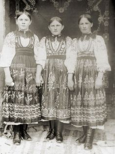 Folklore, Old Photos, Techno, Costumes, Collection, Dresses, Art, Fashion, Old Pictures