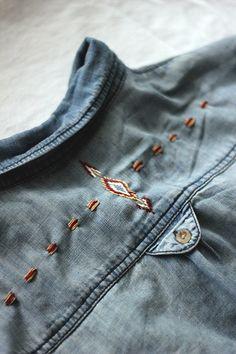 Несложные идеи вышивки джинсовых вещей