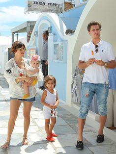 Kourtney Kardashian & Scott Disick with Penelope & Mason