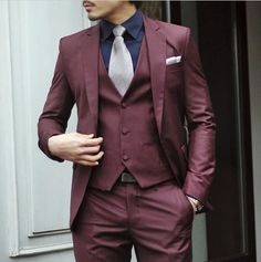 Latest Coat Pant Designs Burgundy Formal Custom Wedding Suits For Men Bridegroom Colorful Slim Fit 3 Pieces Tuxedo Masculino Maroon Suit, Burgundy Suit, Fitted Suit, Tailored Suits, Looks Style, Looks Cool, Mens Fashion Suits, Mens Suits, Fashion Shirts