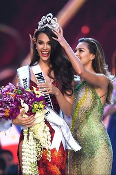 Miss Universe 2018 Highlights December 16 17 2018 Bangkok Thailand Philippines Catriona Gray Full Performances South Africa Tamaryn Green Venezuela Sthefany . Miss Universe Philippines, Miss Philippines, Demi Leigh Nel Peters, Filipiniana, Beauty Pageant, Beauty Queens, Look Fashion, Bangkok, Evening Gowns