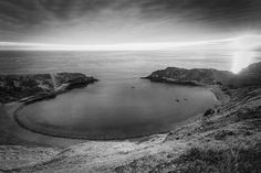 Lulworth Cove. Dorset. England. This is an iconic Dorset location found on the UNESCO World Heritage Site the Jurassic Coast. #architecturalphotographer #buildingphotographer #commercialphotographer #constructionphotographer #constructionproductphotographer #industrialphotographer #interiorphotographer #landscapephotographer #professionalphotographer #propertyphotographer #photographer #productphotographer #dorset #hampshire #london #cornwall #canon #canonphotographer #canon6d #lulworthcove…