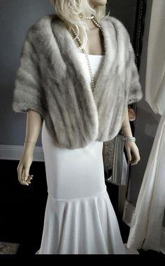 eb98e34b5b68 LUXURY Vintage CERULEAN EMBA Mink Fur Stole - Mink Fur Cape - Mink Stole  Silver Grey