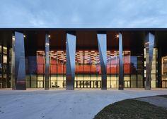 Convention Centre Strasbourg  / Dietrich | Untertrifaller Architects + Rey-Lucquet et associés