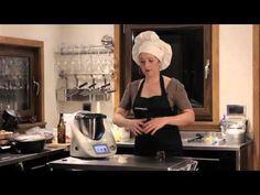 Cómo preparar pan rápido con Thermomix TM5. Listo para comer en 40 minutos y sin precalentar el horno.