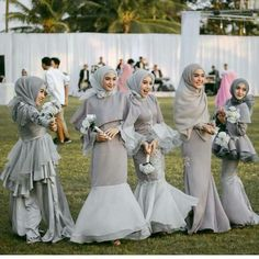 Hijab Gown, Kebaya Hijab, Hijab Dress Party, Hijab Style Dress, Muslim Wedding Dresses, Bridesmaid Dresses, Model Dress Kebaya, Dress Pesta, Bridesmaid Inspiration