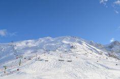 Aproveite o inverno nas estações de Esqui da Catalunha (montanhas dos Pirineus), venha para a Espanha fazer esse delicioso esporte. #TurMundial #Espanha #Europa #Catalunha #Esqui #snowboarding #EstaçãodeEsqui #10EstaçõesdeEsquiBarcelona http://www.turmundial.com/2017/02/10-estacoes-de-esqui-da-catalunha-na.html