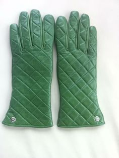 Michael Kors Green Leather Quilted Gloves - I WANT!!!!!!!!!!!