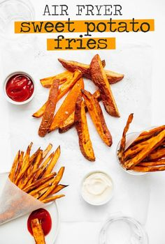 This air fryer sweet potato fries recipe is quick cooking and becomes perfectly crispy, making for a healthier alternative to French fries! A great side dish that your family is going to love. Air Fryer Potato Chips, Air Fryer Sweet Potato Fries, Homemade Sweet Potato Fries, Frozen Sweet Potato Fries, Crispy Sweet Potato, Homemade French Fries, Sweet Potato Wedges, Sweet Potato Chips, Sweet Potato Recipes