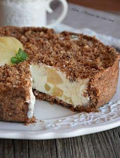 Torta fredda ricotta, pere e cioccolato Brownie Desserts, Oreo Dessert, Mini Desserts, Coconut Dessert, Italian Desserts, Italian Recipes, Italian Cooking, Sweet Recipes, Cake Recipes