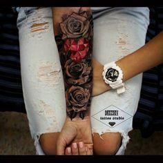 Roses & Pink Crystal Heart - Black and grey roses and a pretty pink crystal heart in the middle. This cute girls forearm sleeve - Juwel Tattoo, Tattoo Motive, Cover Tattoo, Piercing Tattoo, Piercings, Tattoo Hand, Ankle Tattoo, Gecko Tattoo, Tattoo Tree