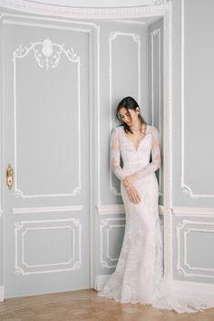 Monique Lhuillier Fall 2021 Collection will be showcased at L'elite Bridal from Jan 15th until Jan 17th. To book your appointment please call the store at 617.424.1010 ext 4. #moniquelhuillierbridal #moniquelhuillier #bridalcollection #bridal #bridetobe# weddinggown #weddingdress #moniquelhuilliertrunkshow #trunkshow #bridalboutique #boston #newbury #inspiration #dreamdress #bridetobe #bride Lace Mermaid Wedding Dress, Gorgeous Wedding Dress, Bridal Wedding Dresses, Wedding Dress Styles, Designer Wedding Dresses, Dress Lace, Lace Wedding, Monique Lhuillier Dresses, Monique Lhuillier Bridal