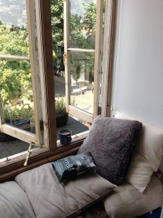 Comfy window seat with a view! would love one of these I could picture myself snuggling up and reading a book! Home Goods Decor, Home Decor, Cozy Corner, Elegant Homes, Windows And Doors, Bay Windows, Interior Exterior, Dream Rooms, Decoration