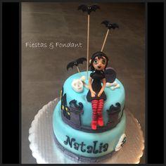 Hotel Transylvania + Mavis cake by Fiestas & Fondant
