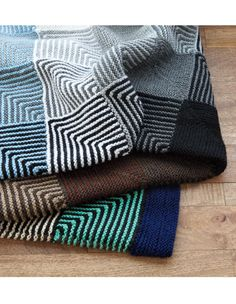 Learn to Knit a Mitered Square!