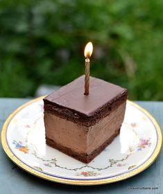 felie de prajitura rigo jancsi cu mousse de ciocolata si frisca Mousse, Frugal Meals, Cheesecake, Cookies, Desserts, Recipes, Food, Meal Ideas, Winter