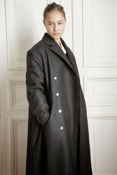 """Dans le calendrier de l'Avent le 20 décembre: le manteau """"homme"""" en drap gris à -40%"""