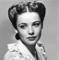A young Betty White, circa 1940. She's so beautiful! Except this is Gene Tierney, not Betty White.