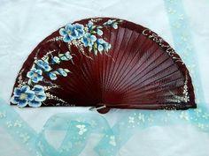 One Stroke Painting, Hand Fan, Fans, Diy Crafts, Painted Fan, Hair Combs, Umbrellas, Hand Fans, Umbrellas Parasols