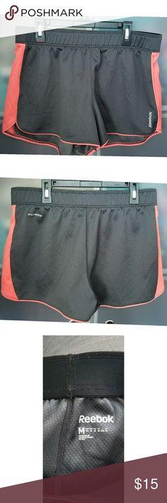 NWOT - Reebok athletic shorts Reebok speedwick dark grey and salmon/orange medium athletic shorts Reebok Shorts