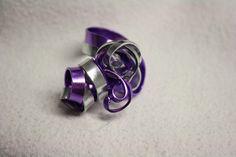 Spiralringe - Ring, Aluminiumdraht, Flachdraht lila-silber - ein Designerstück von trixies-zauberhafte-Welten bei DaWanda