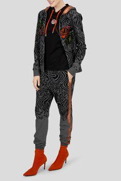 Active Wear, Bomber Jacket, Yoga, How To Wear, Jackets, Fashion, Clothing, Down Jackets, Moda