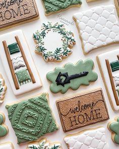 Fancy Cookies, Iced Cookies, Cute Cookies, Royal Icing Cookies, Cupcake Cookies, Sugar Cookies, Cupcakes, Cookie House, Thanksgiving Cookies