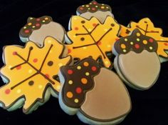 Acorn and Leave Cookies
