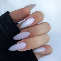 10 'Must-Try' Black and White Nails You Have to See! Almond Acrylic Nails, Best Acrylic Nails, Long Almond Nails, White Almond Nails, Purple Nails, Bling Nails, Glitter Nails, Milky Nails, Nagellack Design