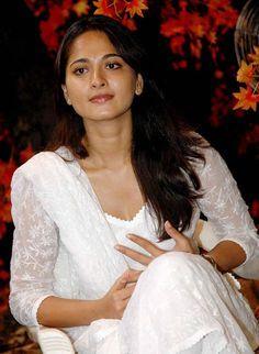 Anushka Shetty In White Dress - Anushka Shetty