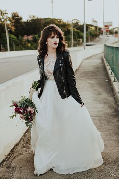 an edgy bridal look done with a black leather jacket and a dark lip plus a roman. an edgy bridal look done with a black leather jacket and a dark lip plus a romantic wedding dress Grunge Wedding, Edgy Wedding, Wedding Looks, Bridal Looks, Dream Wedding, Rocker Wedding, Rockabilly Wedding, Alternative Wedding Dresses, Alternative Bride
