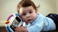 bebe con tecnologia