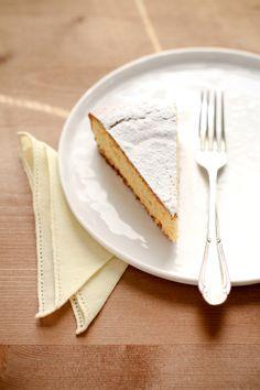 Torta con farina di polenta, ricotta e limone ____________________________ VANIGLIA - storie di cucina