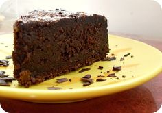 Flourless fudge cake
