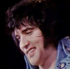 Elvis in concert in Hampton Road April 9, 1972.